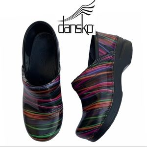 """Dansko Professional """"Wired"""" Patent Clogs Size 36"""
